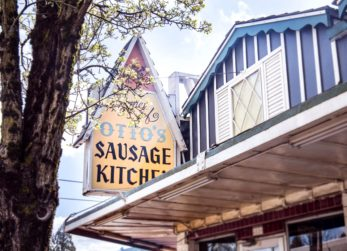 Otto's Sausage Kitchen sign